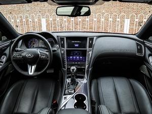 2017款S 2.0T 豪华运动版 全景内饰