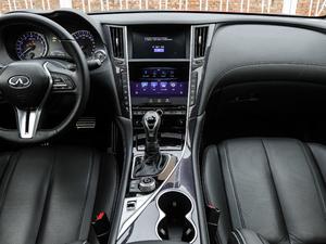 2017款S 2.0T 豪华运动版 中控台