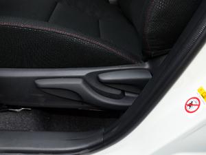2018款1.2T CVT GL智享版 座椅调节