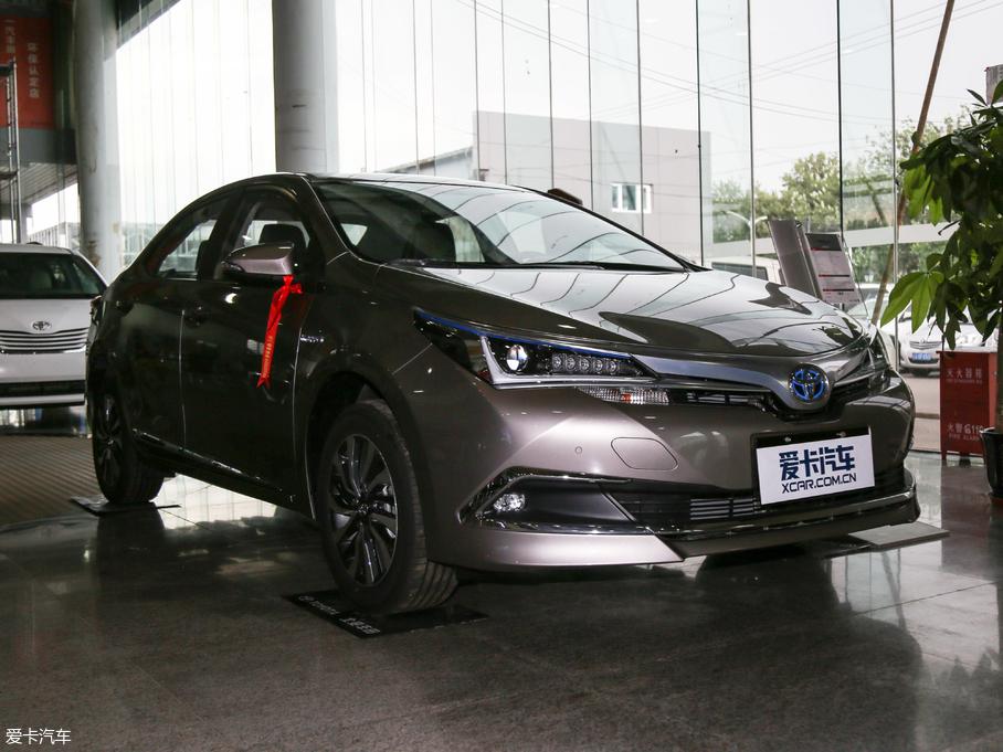 2018款卡罗拉 双擎 1.8L E-CVT智尚版