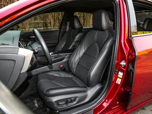 2019款2.5L Limited旗舰版 国V 前排座椅