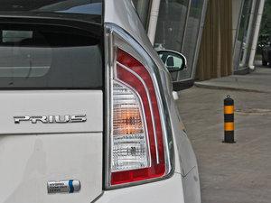 2012款1.8L CVT豪华先进版 尾灯