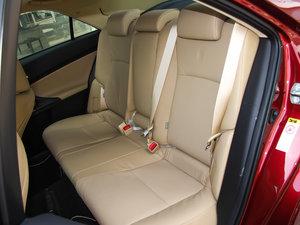 2013款2.5V 尊锐导航版 后排座椅