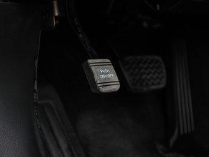 2013款2.5V 尚锐导航版 驻车制动器
