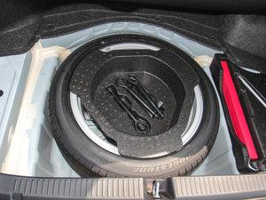 2013款2.5V 尚锐导航版 备胎