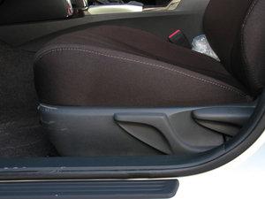 2013款2.5S 菁锐版 座椅调节