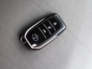 2013款2.5V 尊锐版 钥匙