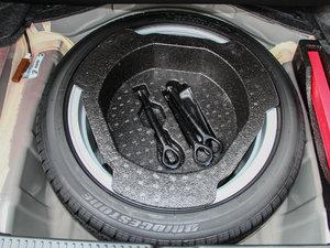 2013款2.5V 尊锐版 备胎
