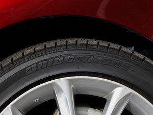 2013款2.5V 尊锐版 轮胎品牌