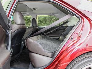 2013款2.5V 尊锐版 后排座椅放倒