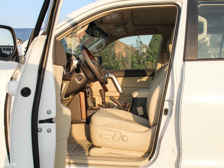 2016款普拉多3.5L V6 自动VX NAVI