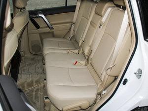 2016款3.5L V6 自动VX NAVI 后排座椅