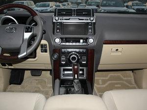 2016款3.5L V6 自动VX NAVI 中控台