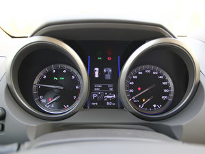 2016款3.5L V6 自动VX NAVI 仪表