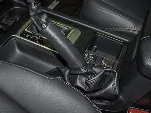 2016款3.5L V6 自动TX-L 驻车制动器