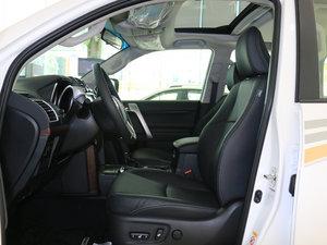 2016款3.5L V6 自动TX-L NAVI 前排空间