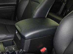 2016款3.5L V6 自动TX-L NAVI 前排中央扶手