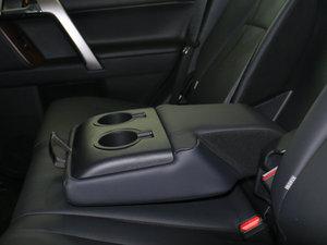 2016款3.5L V6 自动TX-L NAVI 后排中央扶手