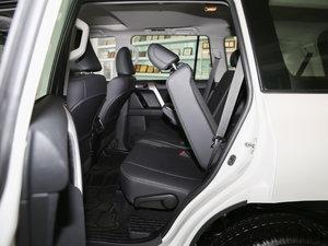 2016款2.7L 自动豪华型 后排座椅放倒