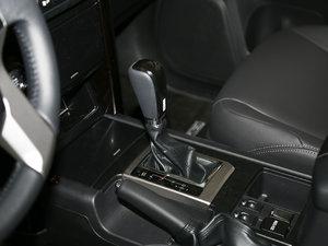 2016款2.7L 自动豪华型 变速挡杆