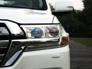 2016款4.6L VX-R 头灯
