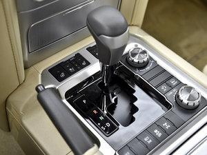 2016款4.6L VX-R 变速挡杆