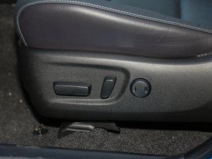 2016款2.0L CVT四驱新锐版 座椅调节