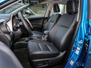 2016款2.0L CVT四驱新锐版 前排座椅