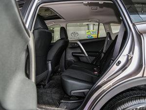2016款2.0L CVT两驱风尚版 后排空间