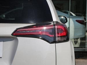 2016款2.0L CVT两驱舒适版 尾灯
