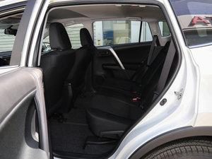 2016款2.0L CVT两驱舒适版 后排空间