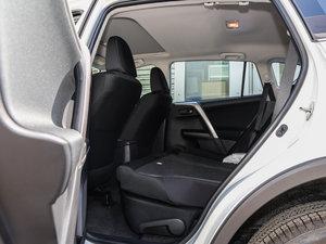 2016款2.0L CVT两驱舒适版 后排座椅放倒