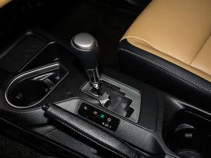 2016款2.5L 自动四驱精英版 变速挡杆