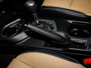 2016款2.5L 自动四驱精英版 驻车制动器