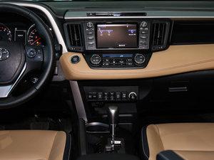 2016款2.5L 自动四驱精英版 中控台