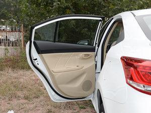 2017款1.3L 手动锐行版 后车门
