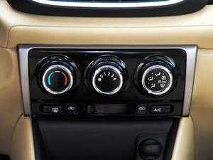 2017款1.3L 手动锐行版 空调调节