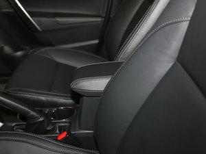 2017款1.2T CVT GL-i真皮特别版 前排中央扶手