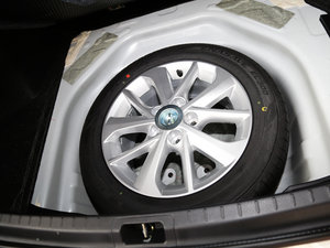2017款1.2T CVT GL-i真皮特别版 备胎