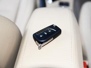 2017款1.2T CVT GL-i真皮特别版 钥匙
