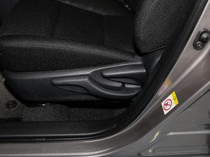 2017款1.2T CVT GL-i 座椅调节