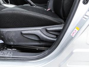 2017款全新 1.2T CVT GL-i 座椅调节