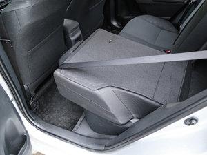 2017款全新 1.2T CVT GL-i 后排座椅放倒