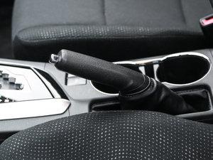 2017款全新 1.2T CVT GL-i 驻车制动器