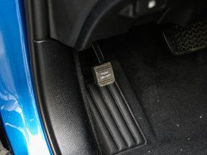 2017款2.0T 运动版 驻车制动器