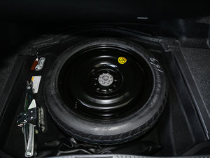 2017款2.0T 运动版 备胎
