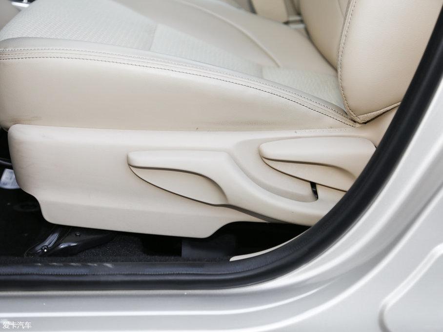 2017款威驰FS1.5L CVT锋势版