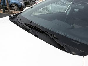 2017款1.5L CVT锋驰版 雨刷