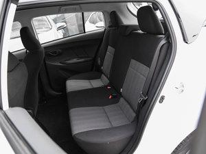 2017款1.5L CVT锋驰版 后排座椅