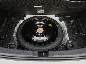 2017款1.5L CVT锋驰版 备胎